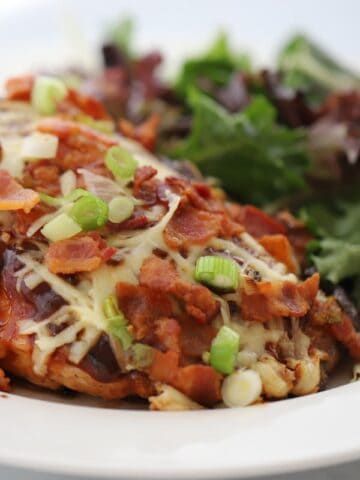 Monterey Chicken--An easy weeknight the entire family will love!