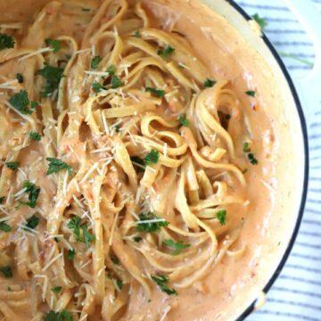 creamy Sun dried tomato fettuccini alfredo