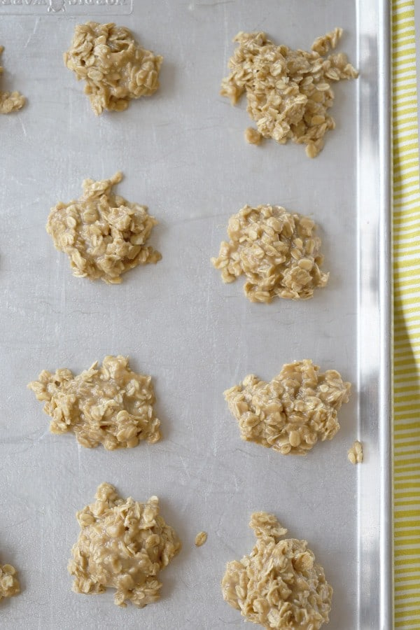 easy no bake cookie recipe. peanut butte no-bake cookies