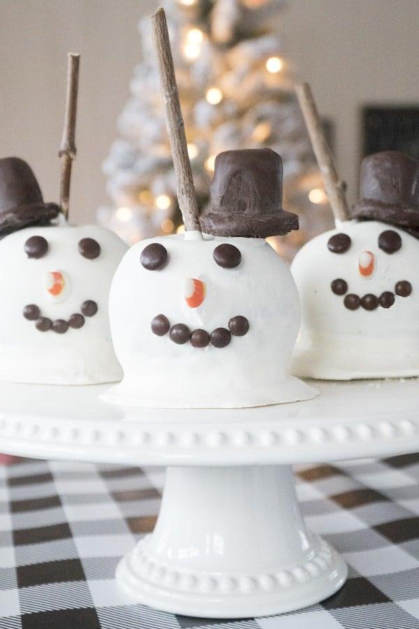 how to make snowman caramel apples