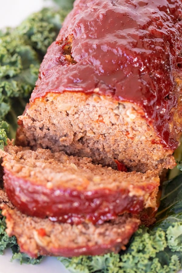 baked moist meatloaf recipe sliced